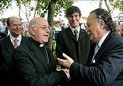 Blázquez reclama a ETA que pida perdón a sus víctimas para fortalecer la esperanza de paz