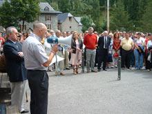 Homenaje en Sallent de Gállego a los guardias civiles Irene Fernández y José Ángel de Jesús asesinados por ETA el 20 de agosto de 2000