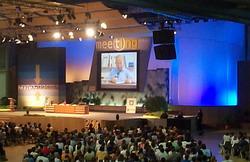 Mensaje pontificio presenta la «revolución cristiana» al Meeting de Rímini