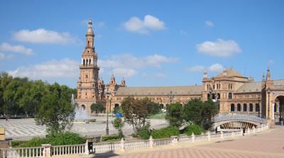 Escrito de Francisco José Alcaraz a la Delegación del Gobierno en Andalucía por sus recomendaciones en la manifestación de AVT el día 1 de octubre en Sevilla.