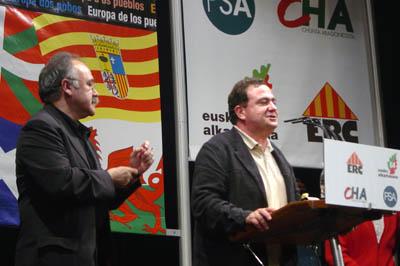 Los grupos Socialista y Liberal, Izquierda Unitaria y Verdes-ALE sellan un acuerdo básico. El texto de Estrasburgo constatará el carácter político del conflicto.