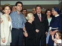El ministro del Interior libanés acusa a Siria del asesinato de Pierre Gemayel