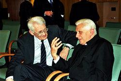 Jürgen Habermas, pensador icono de la izquierda, reivindica el valor de la religión