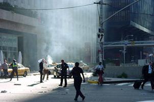 España y Libertad ante el atentado de ETA en Barajas.