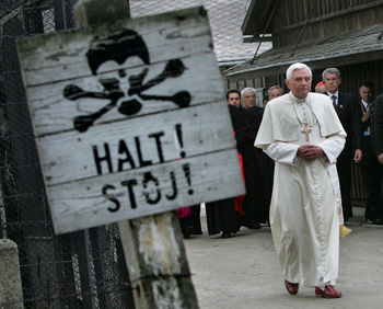 """Dos años de Benedicto XVI, """"El Restaurador"""""""