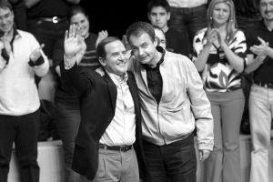 Zapatero pasa por Iruña sin aportar ninguna iniciativa