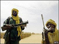 El Tribunal de La Haya emite órdenes de arresto contra un ministro y un líder de la milicia islamista en Darfur
