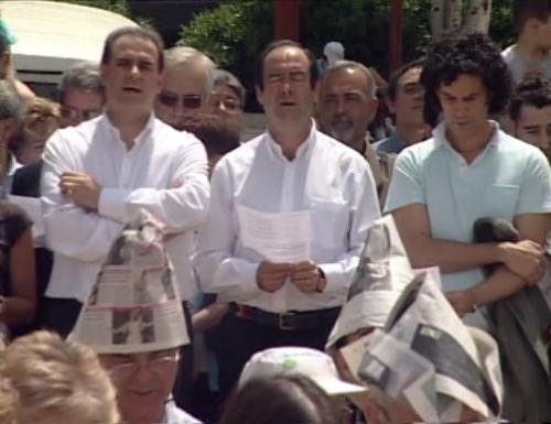 Sobre el cierre de la Iglesia roja de Vallecas. La política no tiene derecho a convertirse en una liturgia representada por políticos-sacerdotes como Bono y Zerolo.