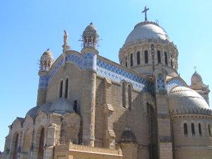 Argelia: El gobierno limita la libertad religiosa para los no musulmanes