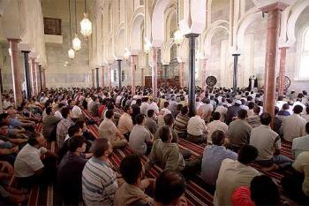 Rabat toma el control del órgano que representa a los musulmanes en España