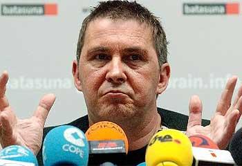 Según el material incautado a Gorka Díaz, Otegi utilizaba un aparato que impedía grabar en las reuniones de Batasuna-ETA con el PSE y el PNV