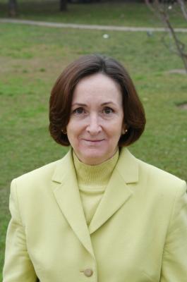 La senadora socialista Mercedes Aroz deja su escaño y anuncia su conversión al cristianismo