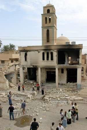 Ataques contra siete lugares de culto cristianos en Irak