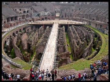 Vía Crucis en el Coliseo de Roma por los cristianos perseguidos